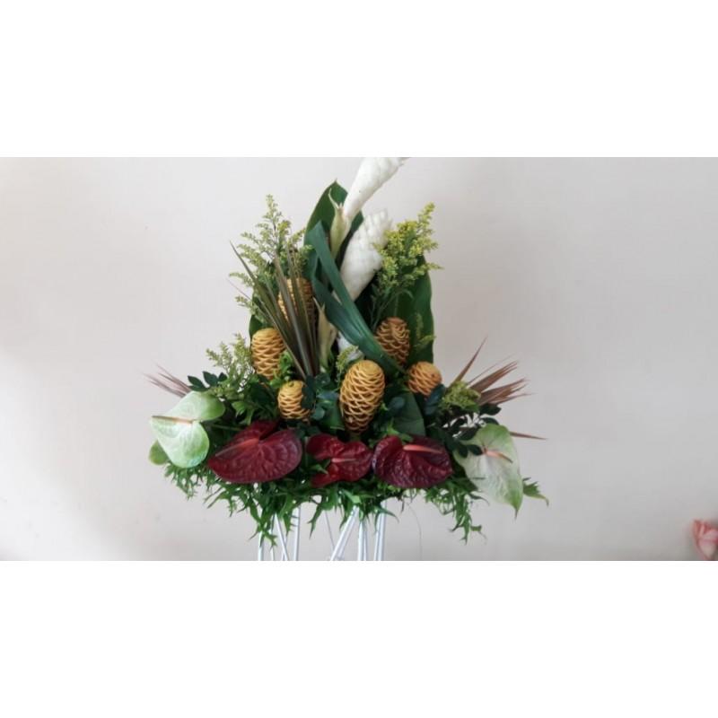 Composition Fleurs tropicales variées
